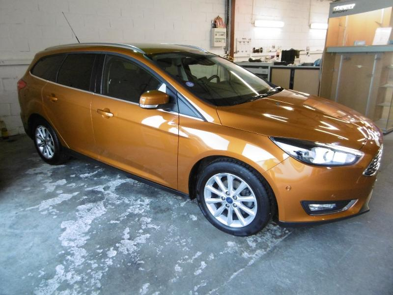 Véhicule occasion - FORD - Focus SW 1.0 EcoBoost 125ch Stop&Start Titanium