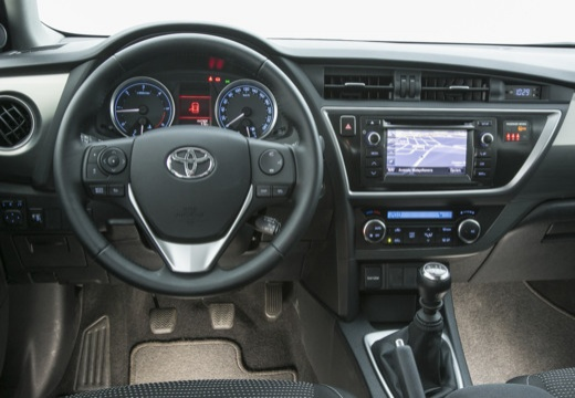 AURIS TOURING SPORTS Hybride 136h Style 5P | TOYOTA